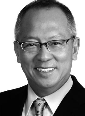Dr. Roy Chung